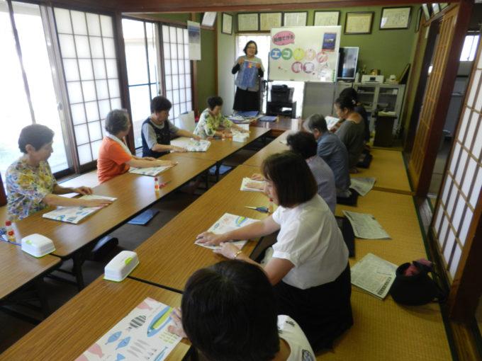 北定塚いきいきサロン 新聞エコバッグ教室
